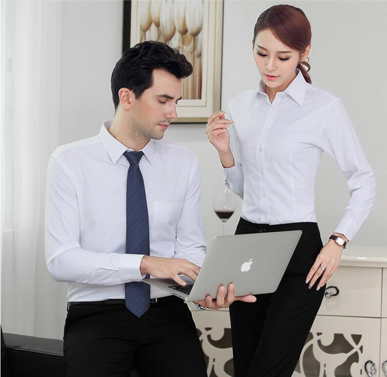 白色办公室衬衫